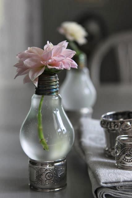 Conso re-créative: Le vase-ampoule