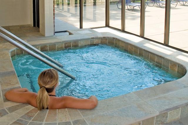 bể bơi hài hòa