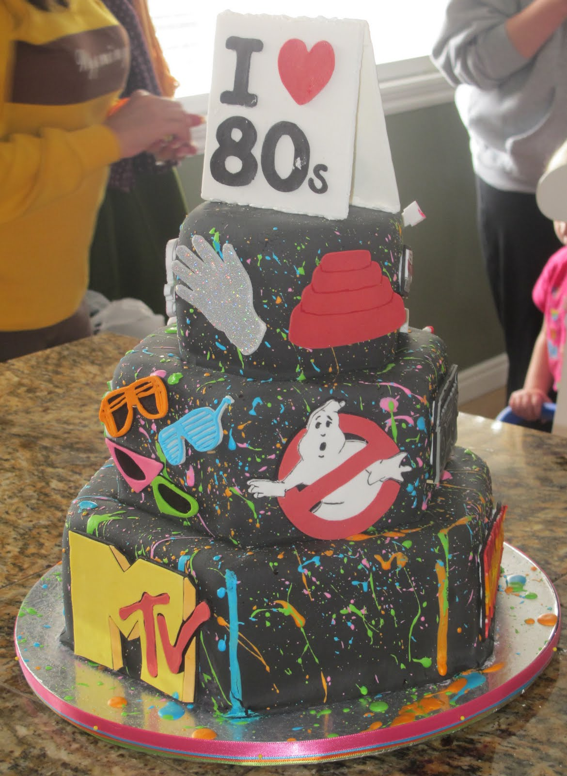 J 39 s cakes i heart 80s cake for 80s cake decoration ideas