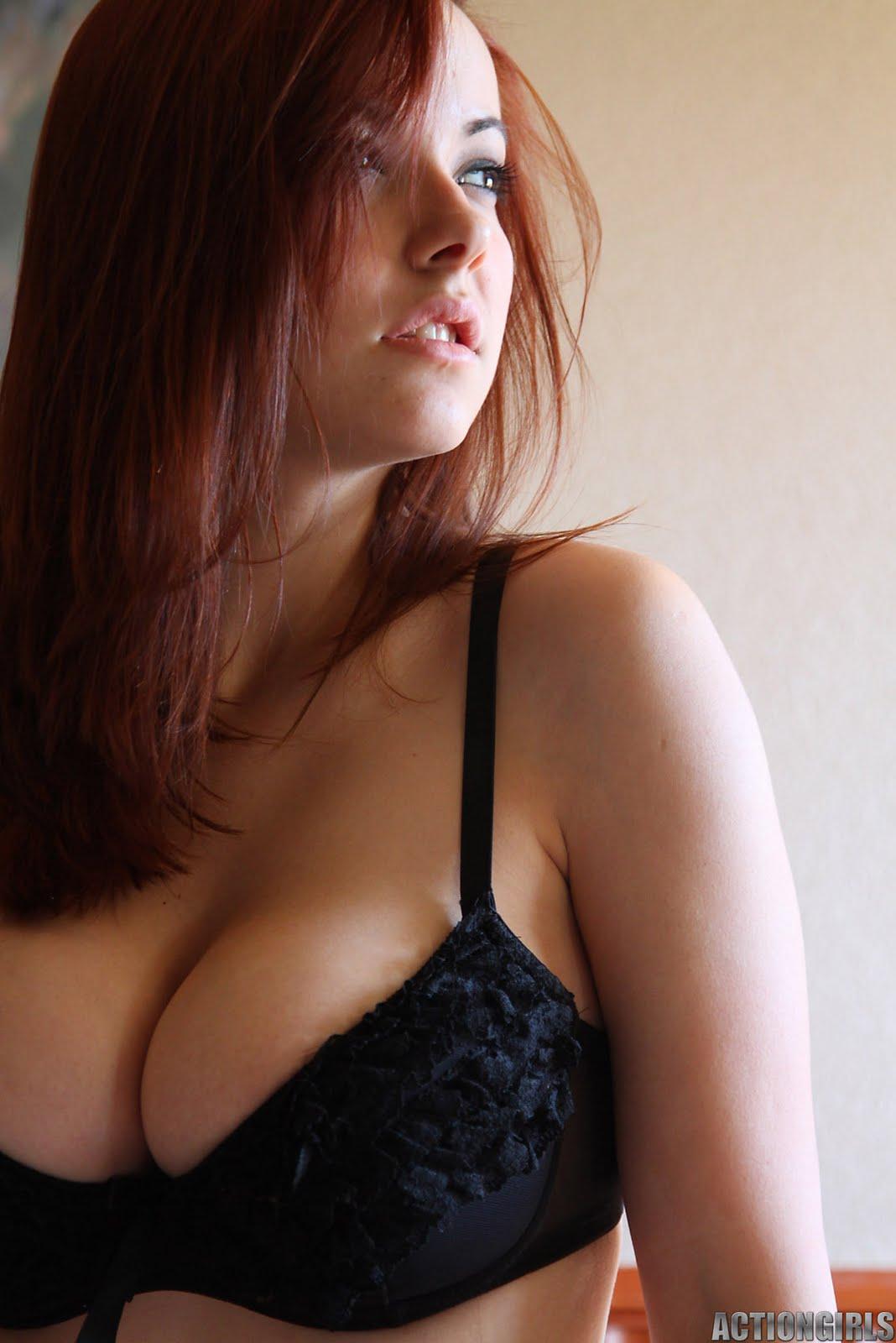 http://4.bp.blogspot.com/-6jC3eBtUIZs/TXuH5UIFrGI/AAAAAAAACus/YAfbbASsxcM/s1600/actiongirlskatlynnhotel028.jpg