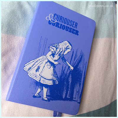 alices-adventures-in-wonderland-moleskine-2015