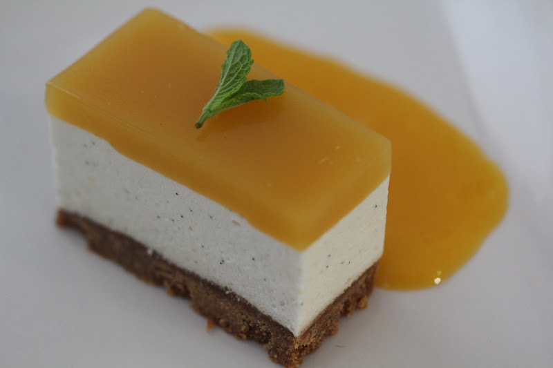 On dine chez nanou cheesecake sans cuisson au brillat savarin fruit de la passion et mangue - Cheesecake speculoos sans cuisson ...