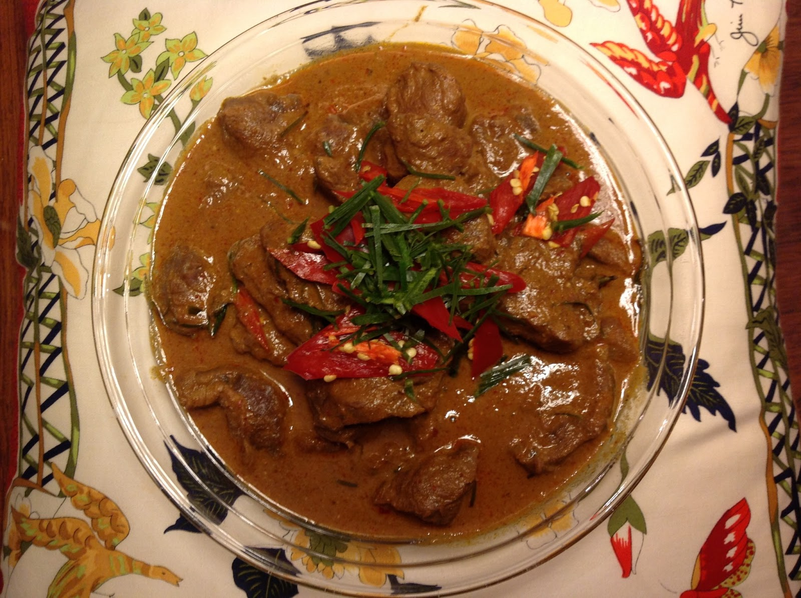 Daisy & Darin: Beef Panang Curry (พะแนง)