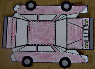 Afbeelding van uitgeknipte auto van papier