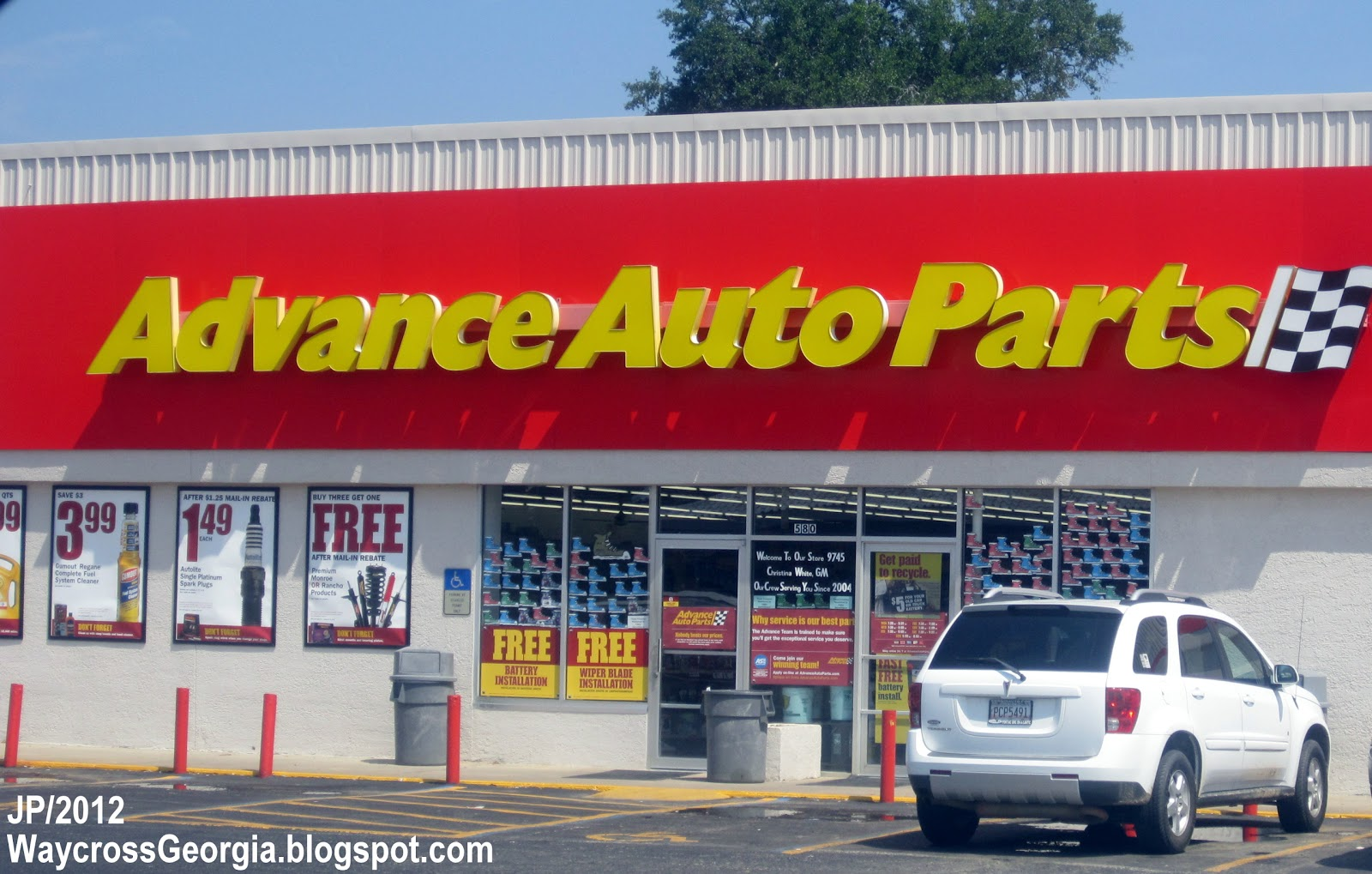 If you're looking for an auto parts store near me, NAPA Auto Parts has over 6, automotive part stores nationwide. And with an inventory of over , parts, in-stock, finding parts or tools for your car, truck, and heavy duty parts, accessories couldn't be easier.