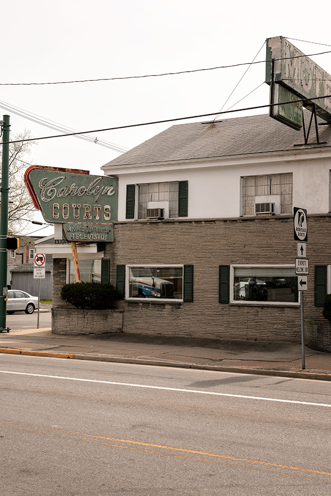 Carolyn Courts Motel - Everett, PA