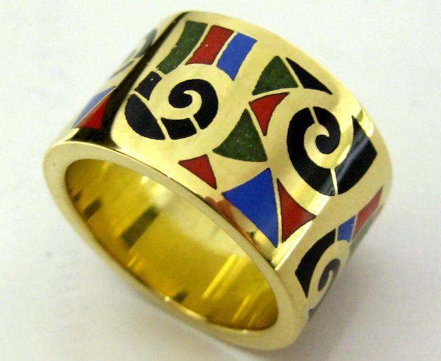 Кольцо золотое с горячей эмалью