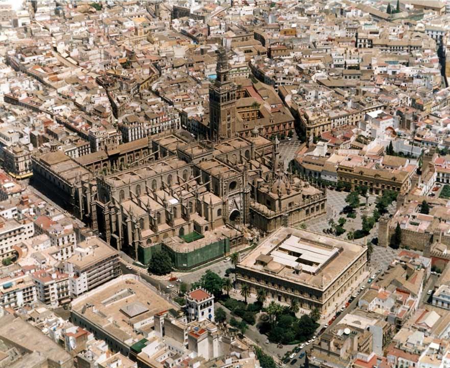 Ιερά άκανθα στον Καθεδρικό της Σεβίλλης http://leipsanothiki.blogspot.be/