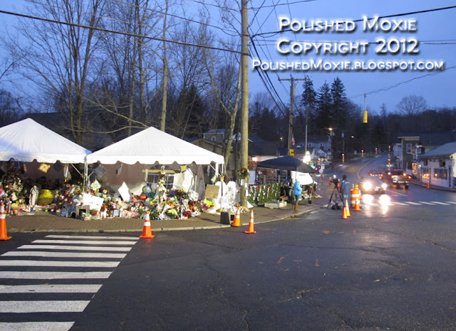 Image of large memorial at center of Sandy Hook.