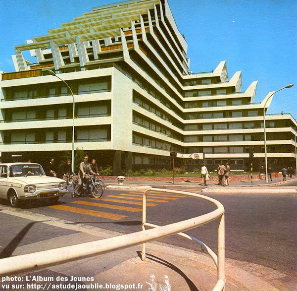 Rennes - Barre Saint-Just - Rue des Guehenno  Architecte : Georges Maillols  Construction: 1969