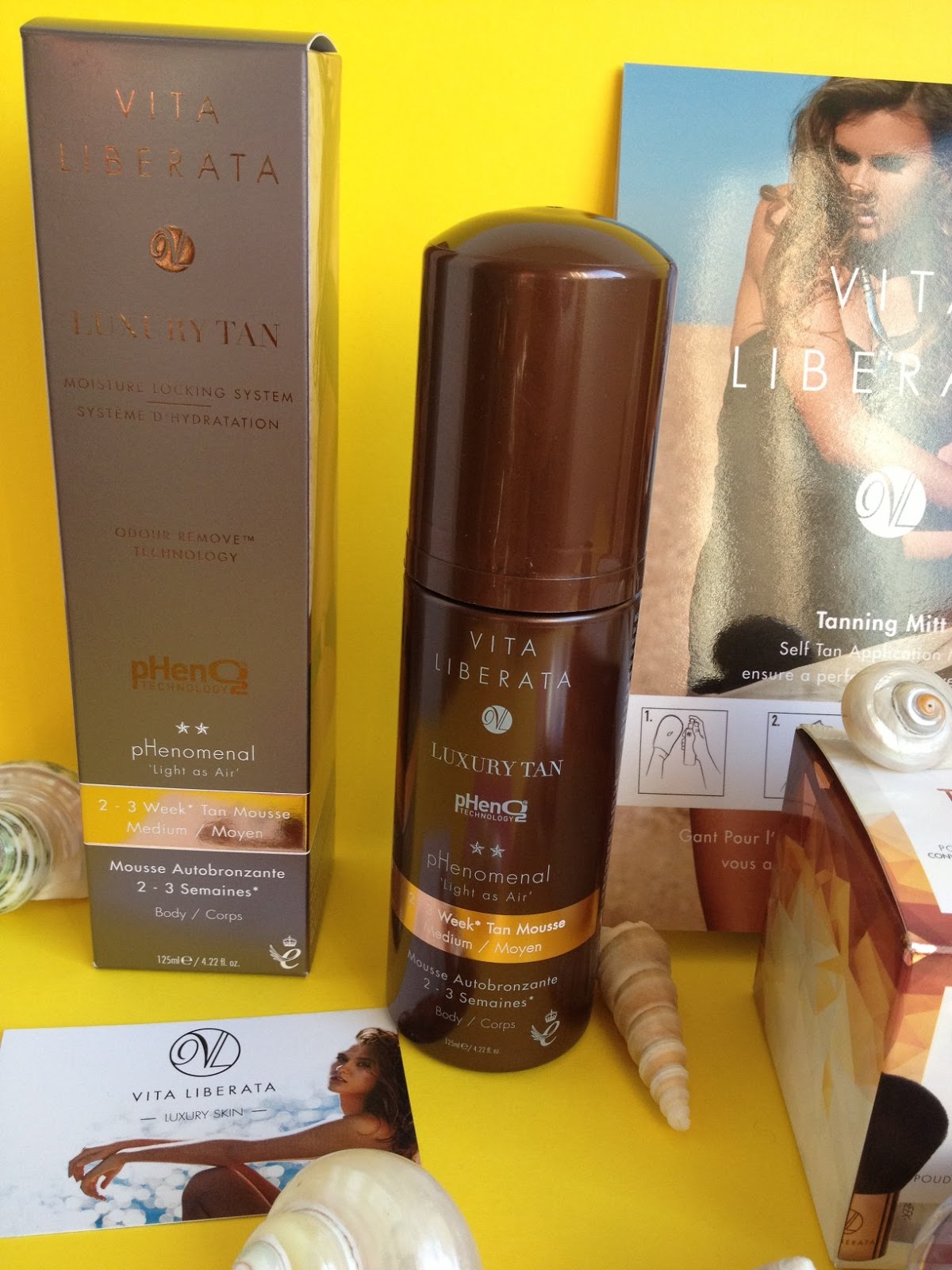 How to get a tan quickly and safely with Vita Liberata on Fashion and Cookies fashion and Beauty blog: Phenomenal Luxury Tan Mousse