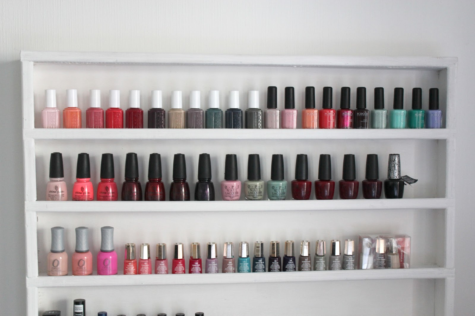 Beautyoverbros blog beaut toulouse ma vernith que sur mesure je l 39 adore - Etagere a vernis ...
