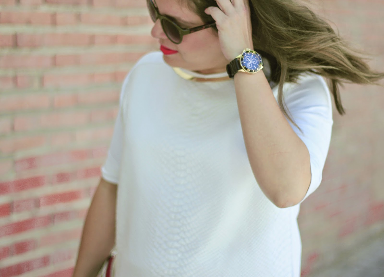 photo-look-street_style-total_white-skirt-mint_shoes