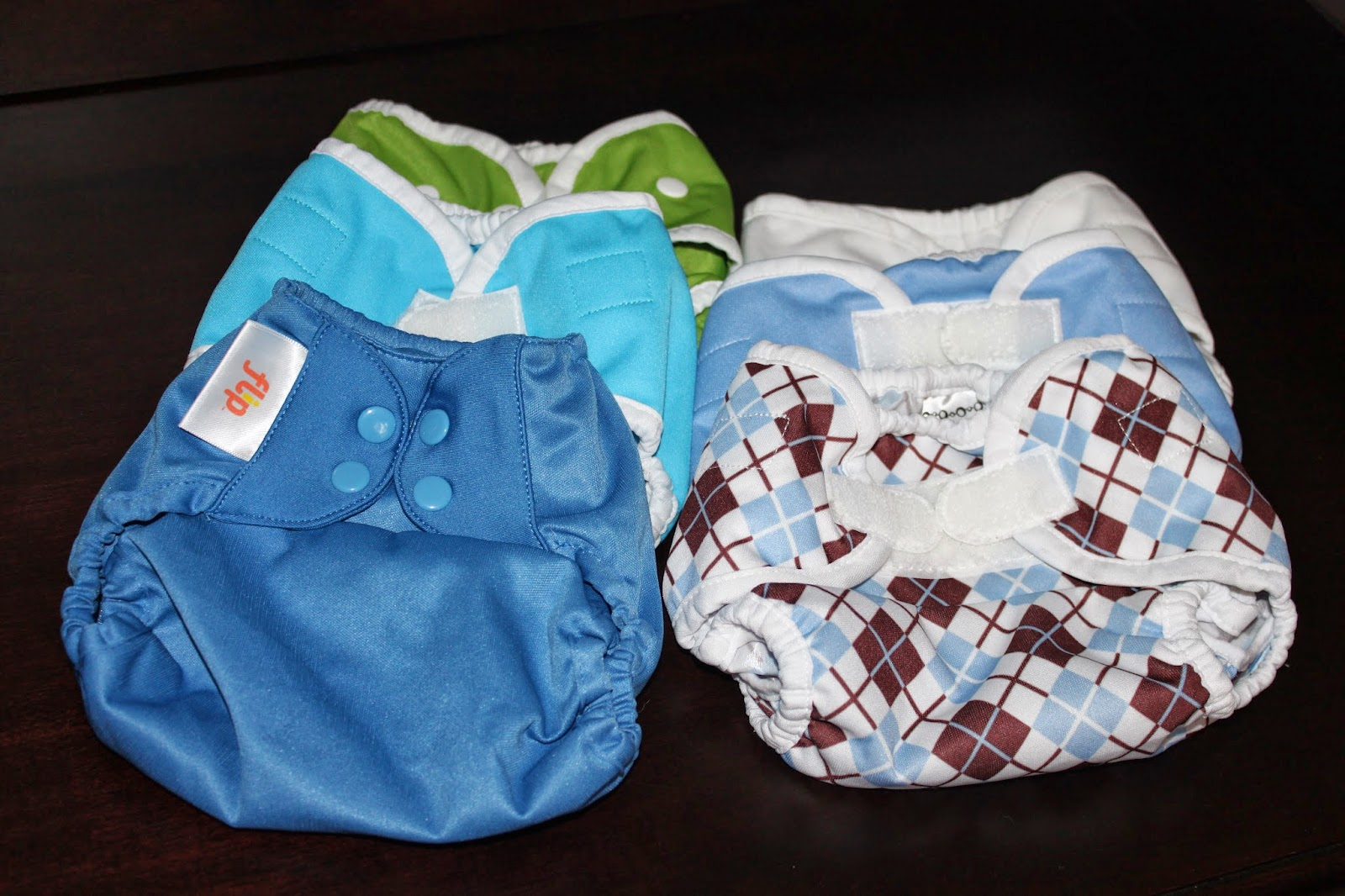 Diapering husband for bed - Large Planet Wise Wetbag We Will Use A Planet Wise In Our Bedroom For Diaper Changes We Do In There This Fairly Large Bag Is Waterproof And Has A