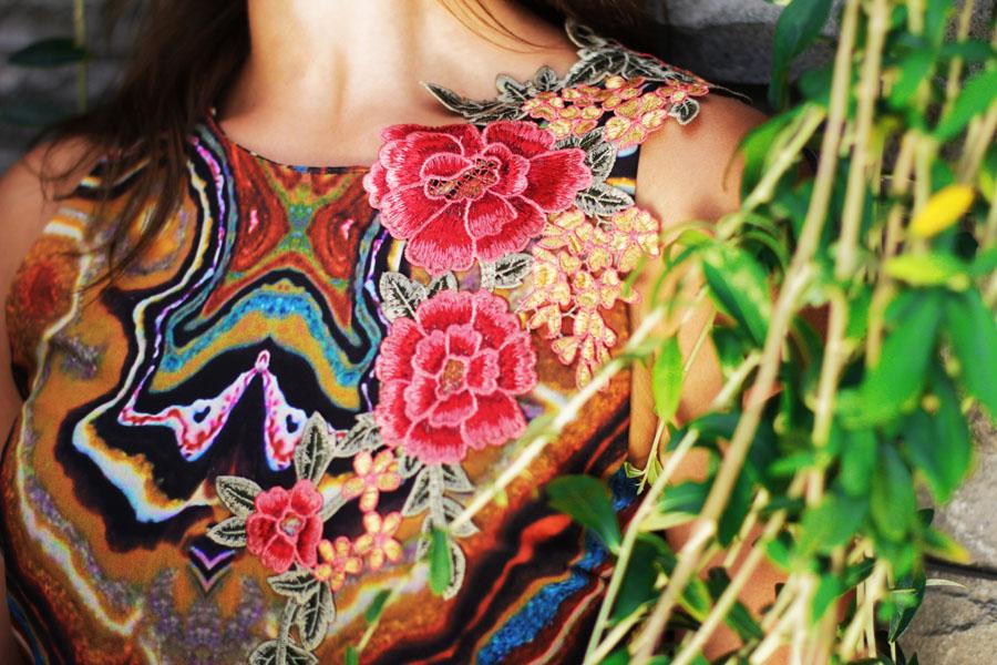 dress flowers details bali