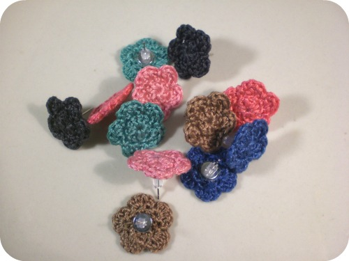 Homemakin and decoratin crocheting with embroidery floss