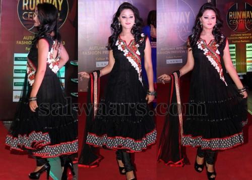 Trendy Salwar Kameez in Black