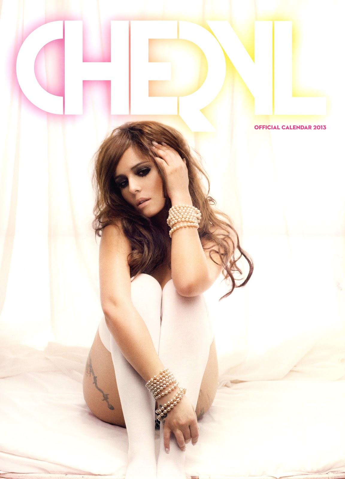 http://4.bp.blogspot.com/-6knjqF_J1zU/UIqQXNWfypI/AAAAAAAAjaU/7wiVRQjylLw/s1600/Cheryl+Cole%252C+looking+sexy+in+her+Official+2013+Calendar+1.jpg