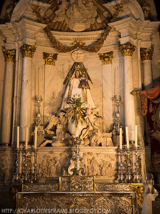 Genadebeeld 'Onze-Lieve-Vrouw van Antwerpen', Devotional statue 'Our Lady of Antwerp'