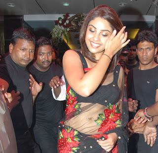 Tamil Actress Richa Gangopadhyay Picture during Shop Inauguration
