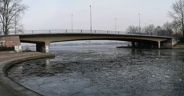 جسر+ثقف+نفسك+2%5D مدينة الجسور في هامبورغ