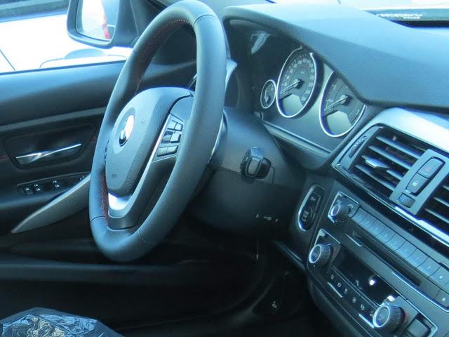 BMW 320i Flex 2015 Sport - interior