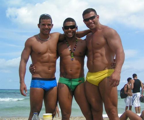 grande blacksonboys