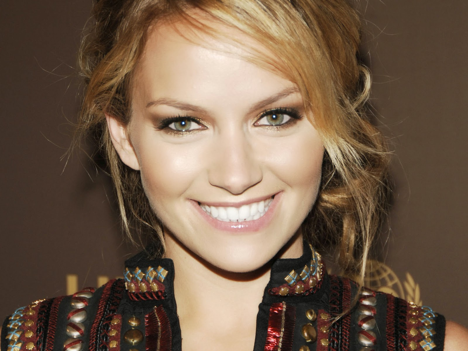Becki Newton Wallpapers Free Download