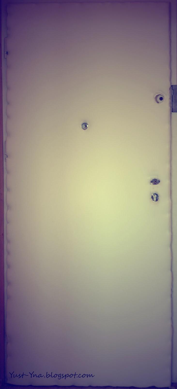 Nowe obicie drzwi - DIY