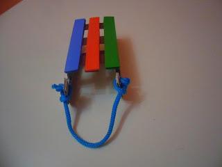 саночки для игрушек фото