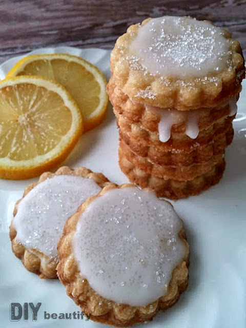 These 5-ingredient Lemon Shortbread Cookies are sweet and tart with the additional of a whole lemon, used in the batter and the glaze. You'll find the directions at DIY beautify