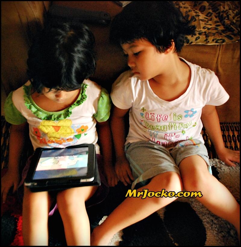 kakak tiri blog cium kakak share video nakal bdnya yg nakal hehs he
