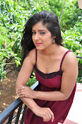 manisha thakur latest sizzling pics-thumbnail-21