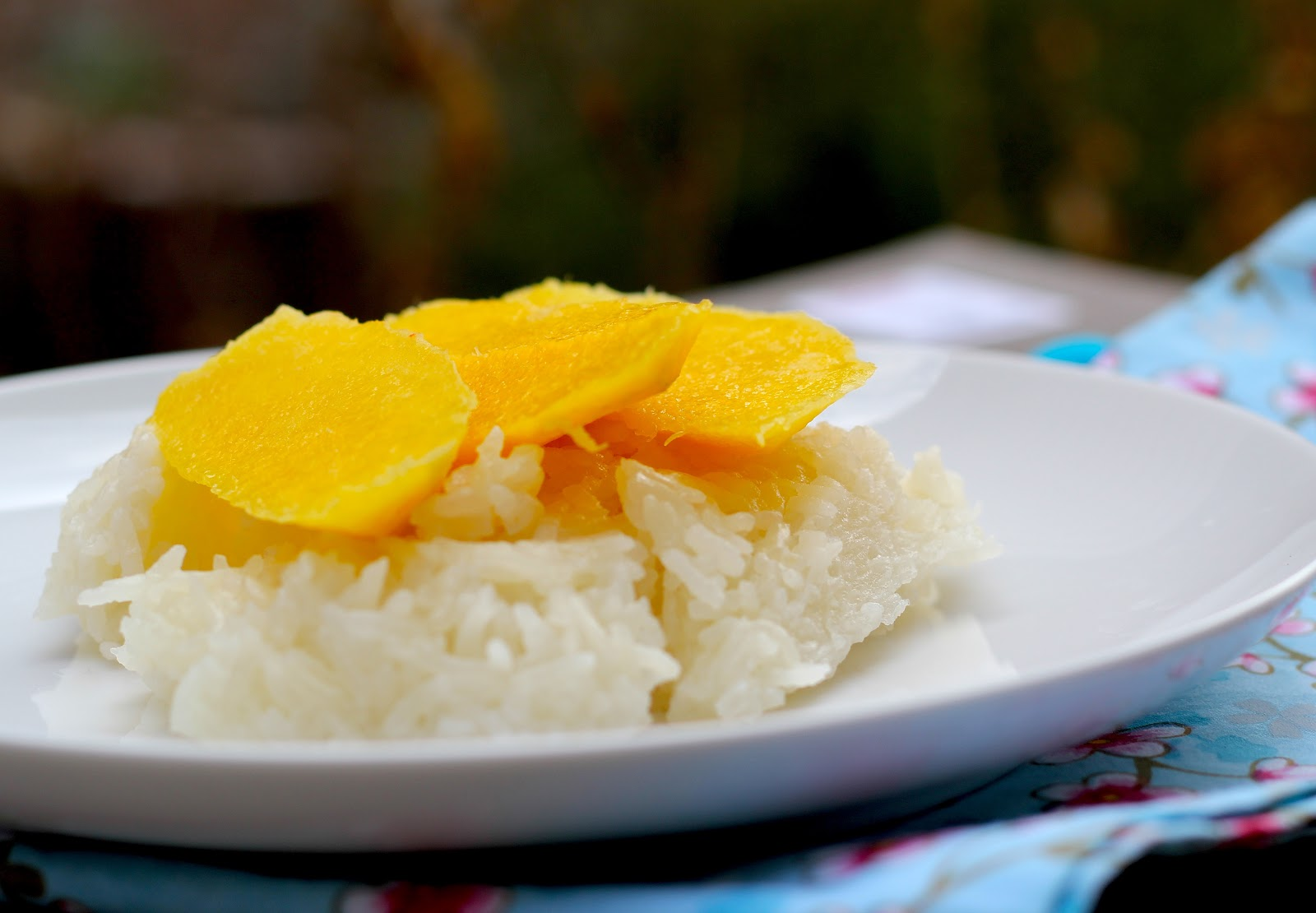 Sticky Rice And Mango ���้าวเหนียวมะม่วง For Most Asian Families, It Is Mon  To Have
