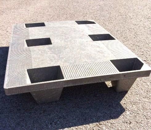 """Palet-plástico-reciclado-Syntec-""""Economic""""-800x600x130-mm-superficie-rugosa"""