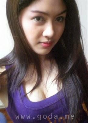 Intip Gadis Bohay Bugil | WarNet.me