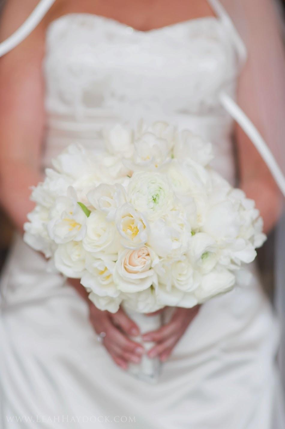 les fleurs : leah haydock photography : boston harbor hotel : winter wedding : white & black : white & ivory bridal bouquet