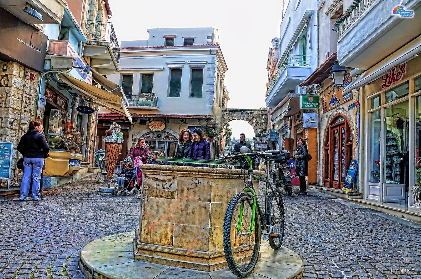 RETHYMNO, a stunning town. Live its magic from CALERGI RESIDENCE. Click picture!