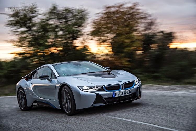 2016 BMW i8S