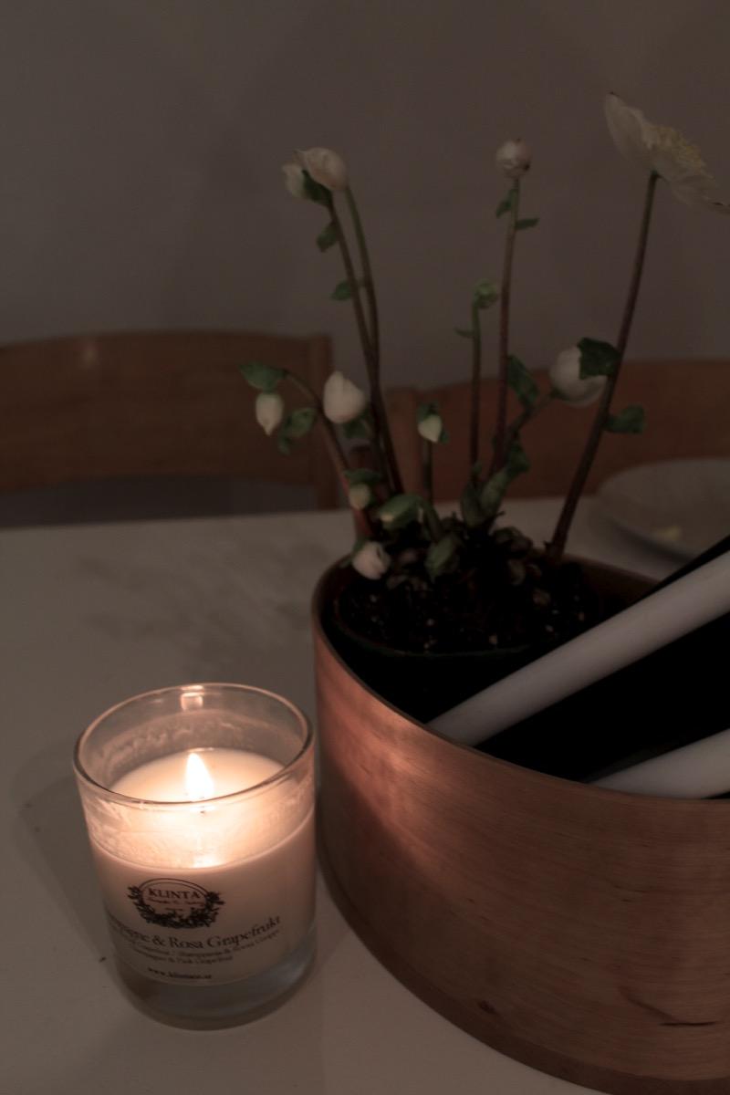 Tunnelmallinen kynttilänvalo