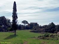 """Apropant-nos al Pinell del Bosc. Autor: Francesc """"Caminaire"""""""