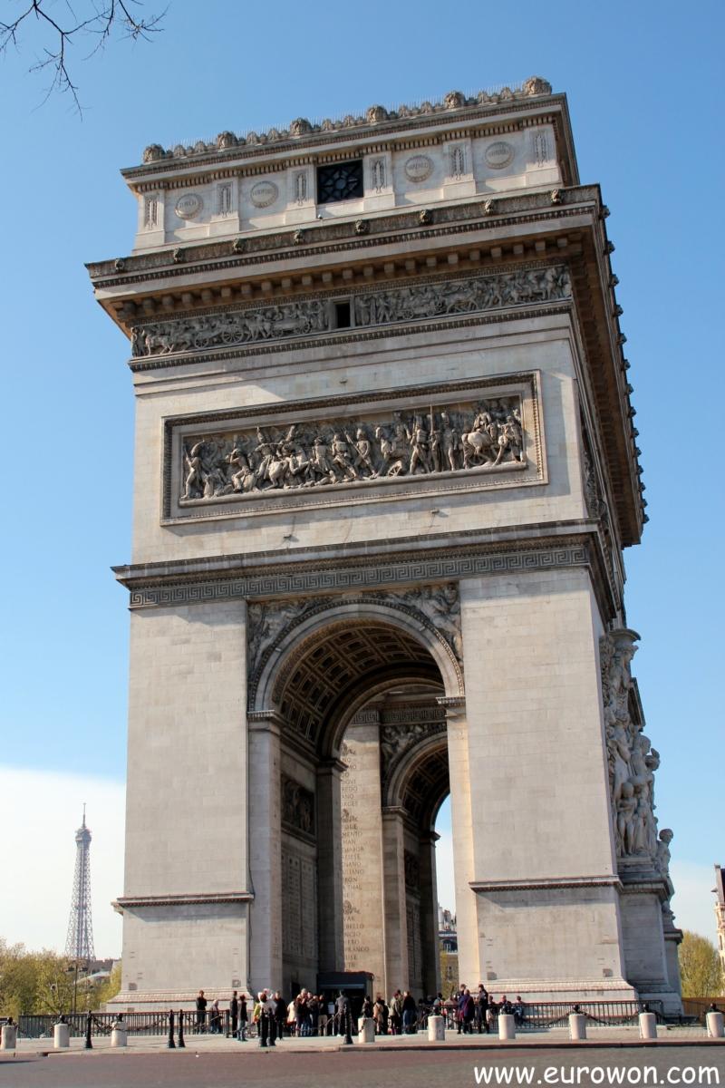 El Arco Del Triunfo Un Monumento De Paris Que Se Merece La Fama Que