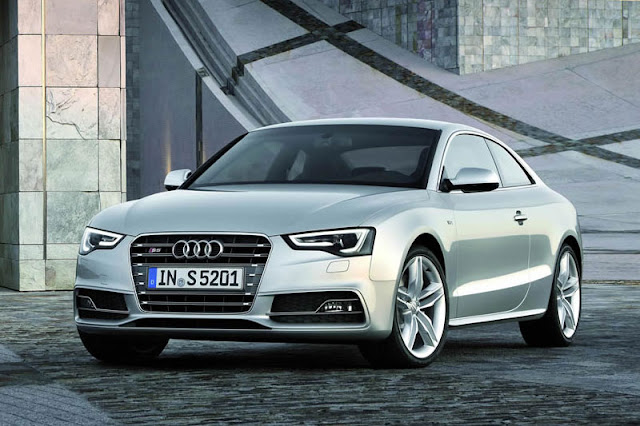 2012 Audi S5 Coupe Front Exterior