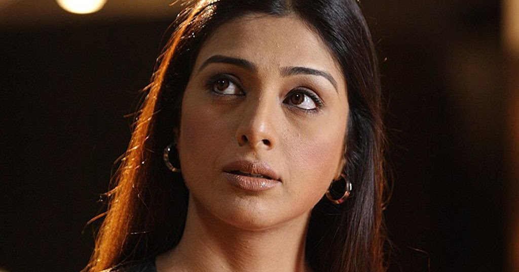Bollywood Dashing News: Police inspector's role is not easy, Tabu
