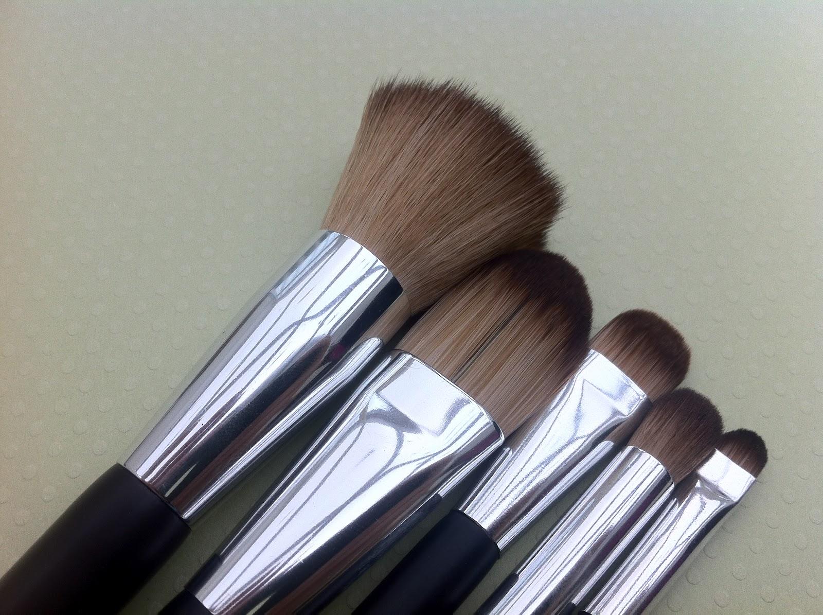 Ulta makeup brushes : Makeup-Pixi3