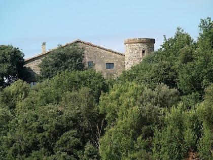 El mas de Vilarjoan des del Camí de Vilarjoan