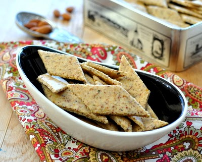Easy Almond Crackers, crisp, peppery gluten-free crackers made with almond meal, also pecan meal, flax meal. Whole30, vegan. For Weight Watchers, just #PP2.