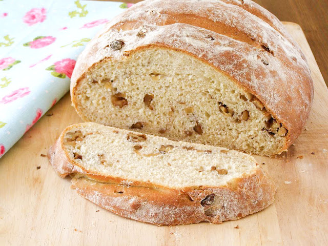 Vegan Walnut Bread