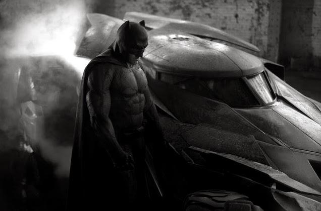 """Primera imagen de Batman y el Batmovil en """"Batman Vs. Superman"""""""