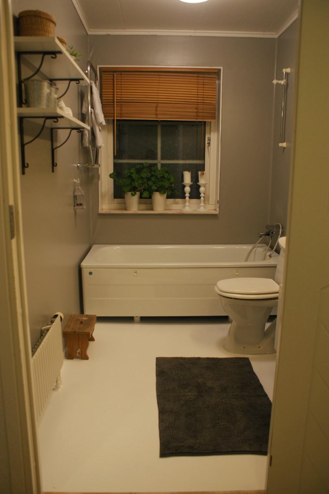 Sockerpärlan: DIY - måla badrum